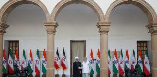 FILE PHOTO Iranian President Hassan Rouhani (L) and Indian Prime Minister Narendra Modi, New Delhi, India © Adnan Abidi / Reuters