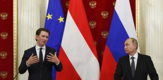FILE PHOTO- Russian President Vladimir Putin (R) meets with Austrian Chancellor Sebastian Kurz in Moscow, Russia, on February 28, 2018. © Grigory Dukor : Reuters