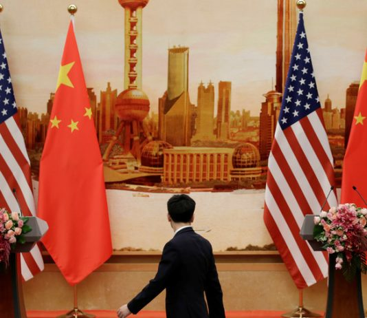 FILE PHOTO. © Jason Lee / Reuters