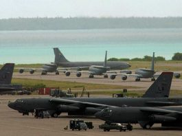 B-52 bombers on tarmac on Diego Garcia, Chagos Archipelago © Wikipedia